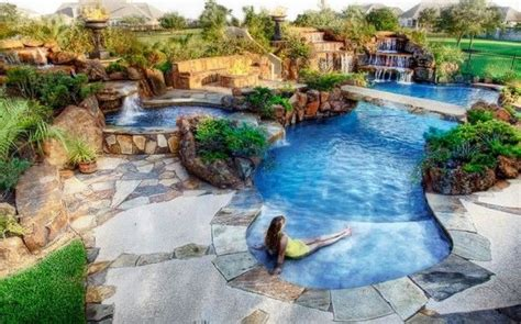 Beautiful Swimming Pools | 11 most beautiful swimming pools you have ever seen
