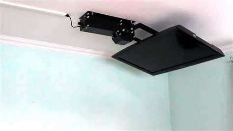 Fernseher An Der Decke Befestigen by Tv Deckenhalter Flasy Fl Elektrisch Schwenkbar Mit