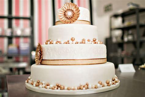 Wedding Cake Courses wedding cake courses on cake baking decorating at the sa