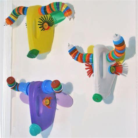ideas para hacer manualidades con ni os usando palitos de ideas para hacer juguetes con material reciclado