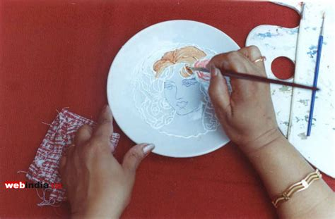 home crafts ceramic painting at home