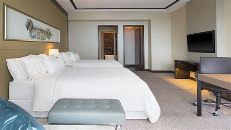 hotel rooms 50 5 hotel rooms suites the westin singapore