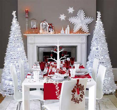 arredo natalizio natale 2015 bianco e rosso per l arredo natalizio in
