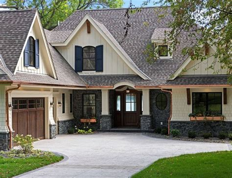 Lake Cottage Paint Colors by 10 Images About Home Exterior Paint Color On Exterior Colors Paint Colors And