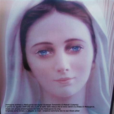 madonna medjugorje illuminata guarda con me svelato il mistero della foto