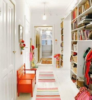 decorar pasillos con estanterias muebles pr 225 cticos por la decoradora experta estanter 237 as y