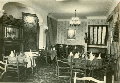 disappointment room history flashback restaurant memories