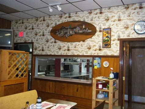 attleboro house of pizza open kitchen picture of north attleboro massachusetts