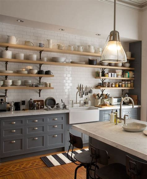 nancy meyers kitchen 25 best ideas about brownstone interiors on pinterest