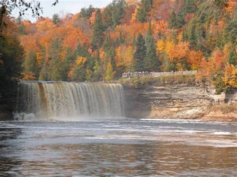 Tahquamenon Falls State Park Cabins by 17 Images About Travel Michigan On Lakes