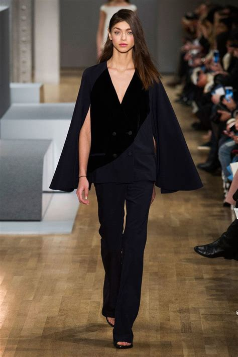 In Runway Looks Frillr Its The Frills That Count by Best 25 Fall 2015 Trends Ideas On Sombreros
