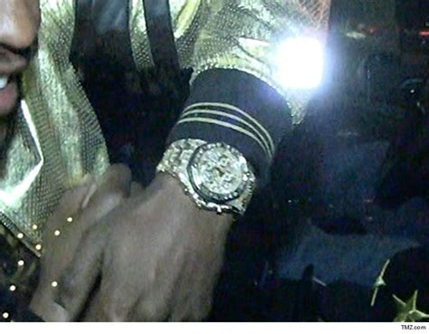 mayweather most expensive floyd mayweather flosses another insanely expensive watch