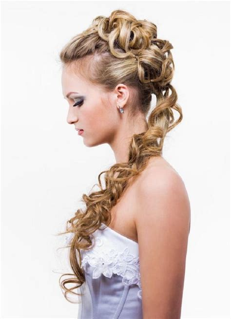 thin and slight curly pony hairstyles curly prom hairstyles hairstyle album gallery