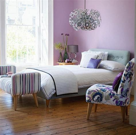 Lilac Color Paint Bedroom For Teen With Laminate Wood