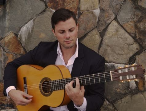 rob guitarist rob mcmullan listen to audio brisbane acoustic soloists