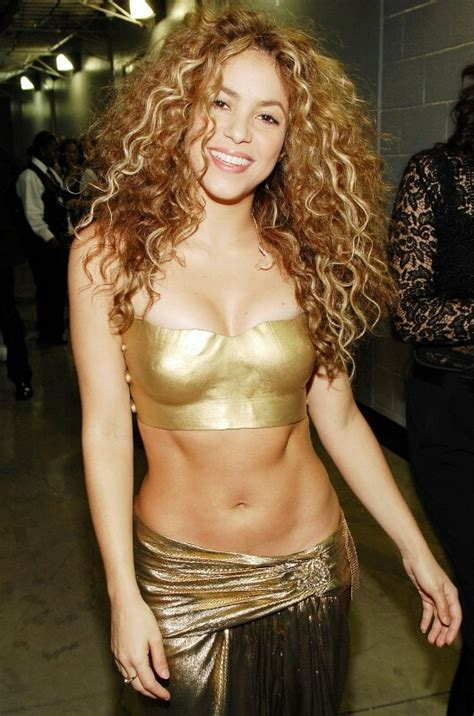 shakira body 81 best images about shakira on pinterest