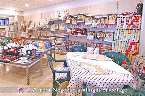 negozio casa arredamenti per negozi di prodotti per la casa casalinghi