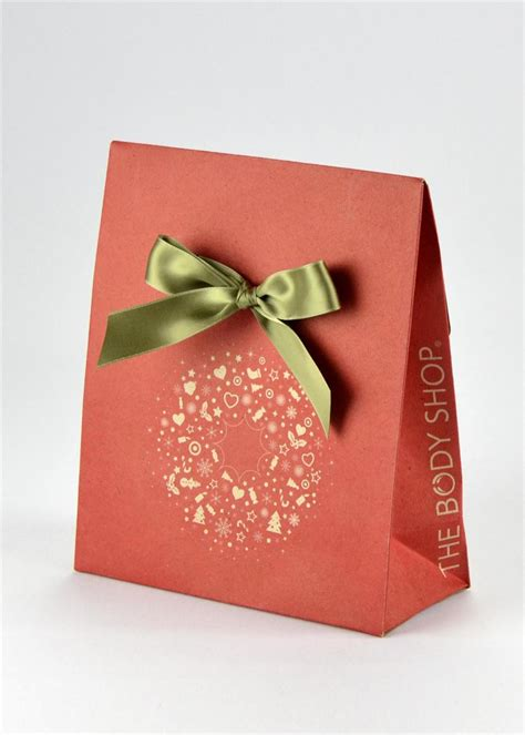 what to put in a gift bag a e i o u studio family of design gift solutions