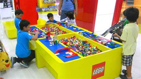 Meja Lego toys city lotte shopping avenue spots