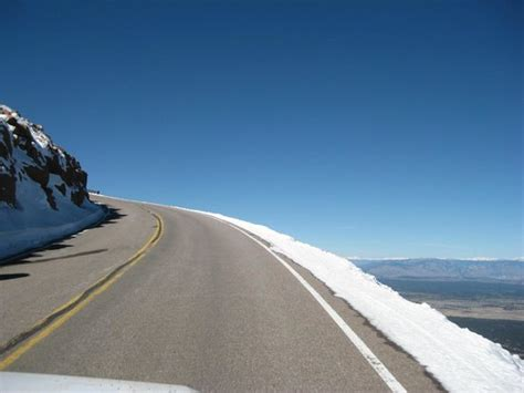 drive up pikes peak road to the top not no guardrails be careful picture