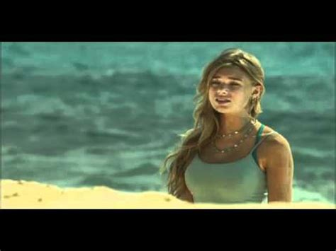 film blue lagoon the awakening 2012 blue lagoon the awakening 2012 quot i m trying to save us