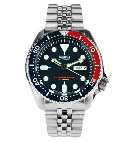 Seiko Diver Skx009 Bracelet seiko mens jubilee bracelet automatic 200m divers skx009j skx009 skx009j2 what s it worth