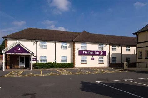 premmier inn premier inn twickenham stadium hotel updated 2018