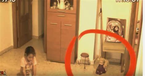keanehan film filosofi kopi heboh cctv rekam kejadian aneh di sebuah rumah okezone