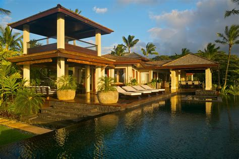 tour a tropical waterfront estate in kilauea hawaii