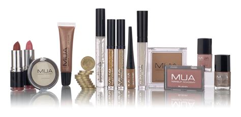 Makeover Makeup Academy make up academy lipstick n 176 7 e 11make up academy lipstick n 176 7 e 11 makeupworld italia