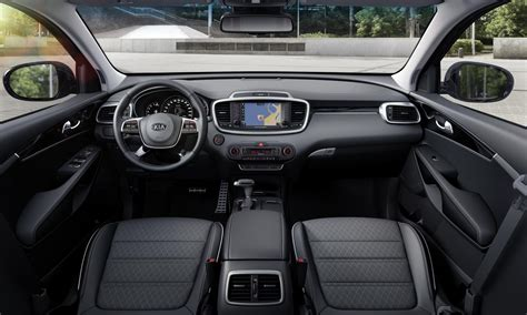 kia sorento 2018 interior kia sorento con cambios en el mercado local mega autos