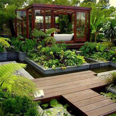 desain kolam ikan minimalis  depan   rumah