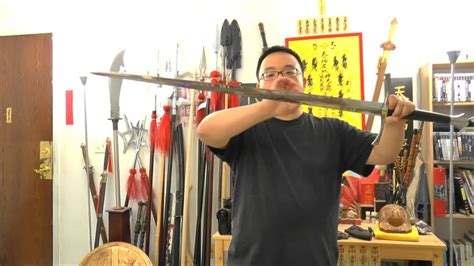 cold steel italian longsword review cold steel italian sword review and demonstration