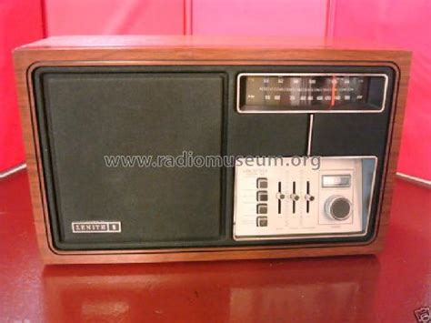 Zenith Permanent W j430w radio zenith radio corp chicago il build 1977 7