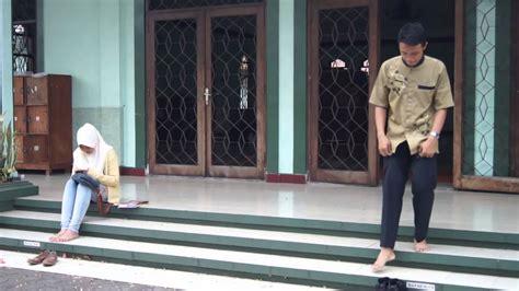 Film Cinta Dalam Diam   sepotong cinta dalam diam trailer 2014 youtube