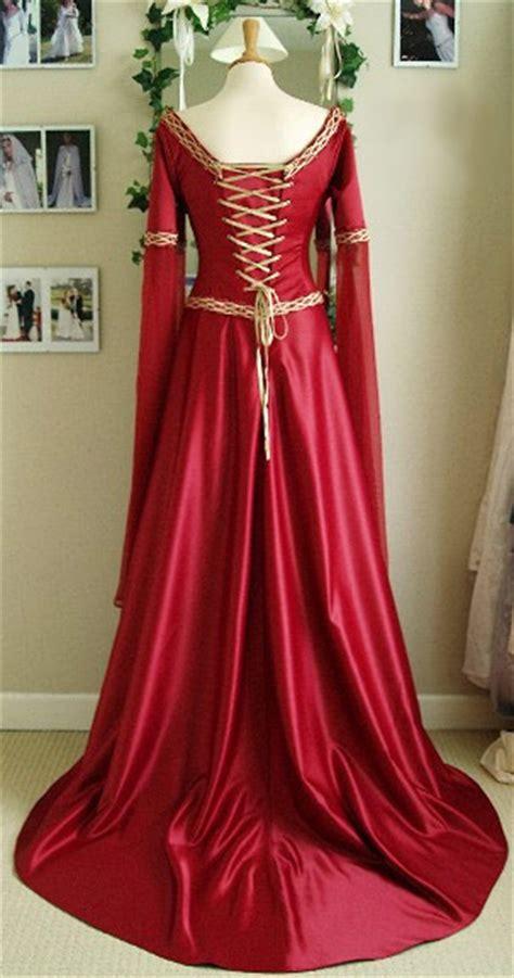 longue robe m 233 di 233 val victorienne en satin rouge avec