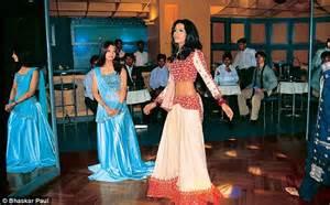 top dance bar in mumbai ban on dance bars lifted in maharashtra but supreme