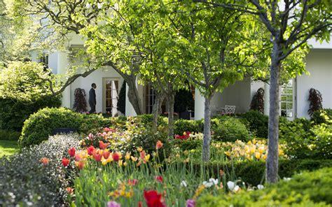 white house gardens  fall