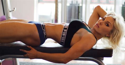 female hot all the time 15 most beautiful female bodybuilders all time sports