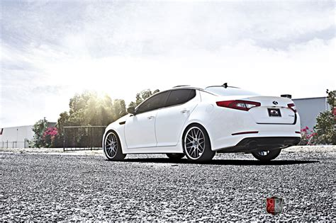 Kia Optima Designer Roderick Rw6 Wheels South Custom Wheels