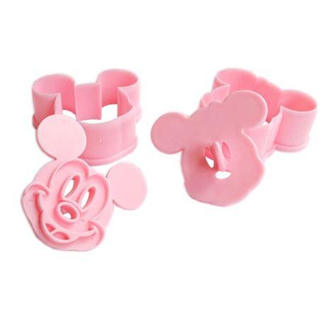 Set Minnie set 2 decupatoare prajituri minnie mickey mouse