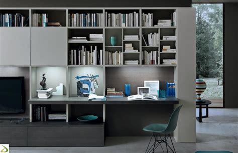 mobile con scrivania parete soggiorno con scrivania crimi arredo design