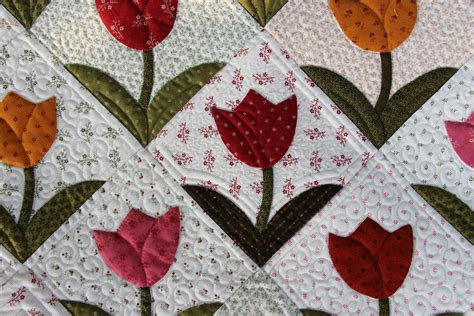 Tulip Quilt Pattern Block by Size Matters Or Does It Up Bongean S Weblog
