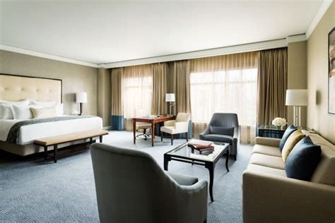 bid on hotel room luxury hotel suites dallas the ritz carlton dallas