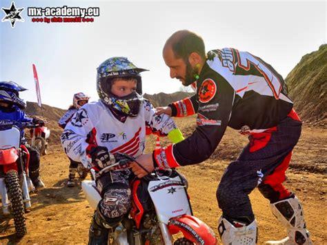 Mini Motocross Motorrad by Motocross Enduro Dirtbike Fahren Mx Academy Kinder
