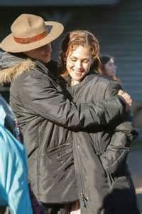 Life sweet picture of daniel lissing amp erin krakow trying to stay warm