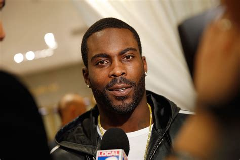 cheap haircuts evansville in michael vick to join fox sports as nfl studio analyst