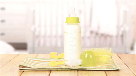 how can breast milk stay out at room temperature how can breast milk sit out guidelines for safe milk storage