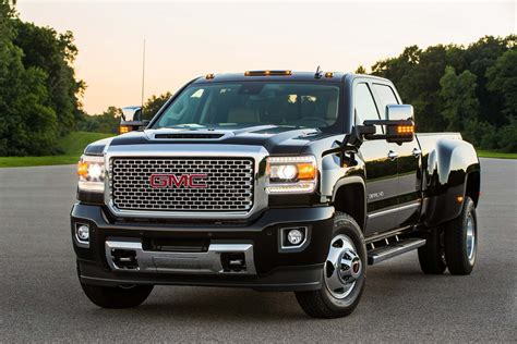 2019 Gmc 2500hd by 2019 Gmc 2500hd Review Ratings Specs Prices And