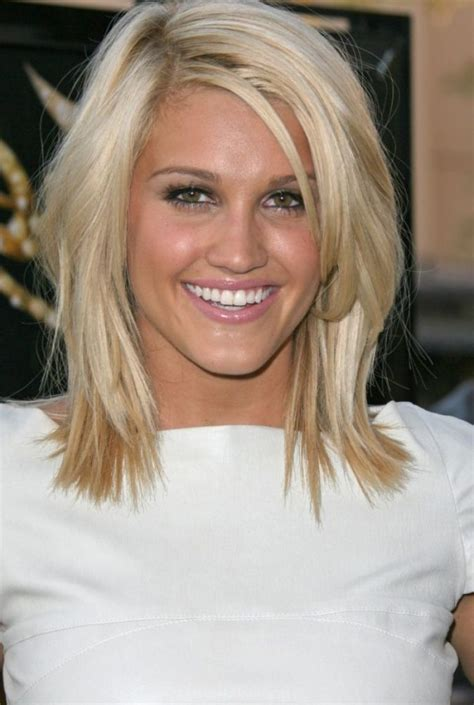 shoulder length layered haircuts with side bangs